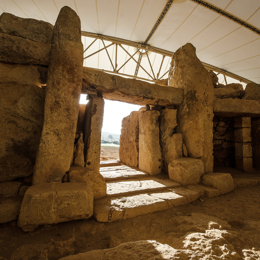 summer solstice at mnajdra temple