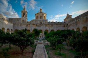 Red Keep garden - game of thrones malta locations